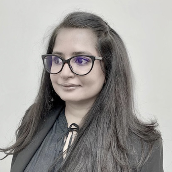 Dr Dipali Dalia
